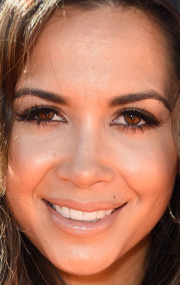 Close-up of Mandy Capristo at the 2015 Kids' Choice Awards.