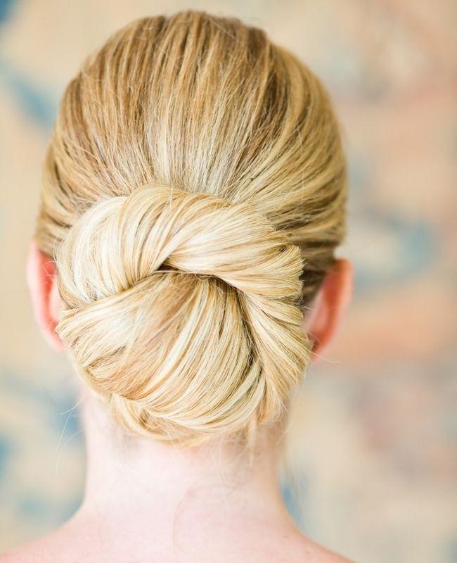 Easy Twisted Updo for Bridesmaids Hairstyles
