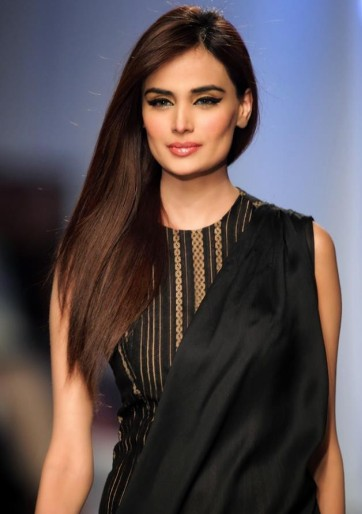 Model_Mehreen_Syed