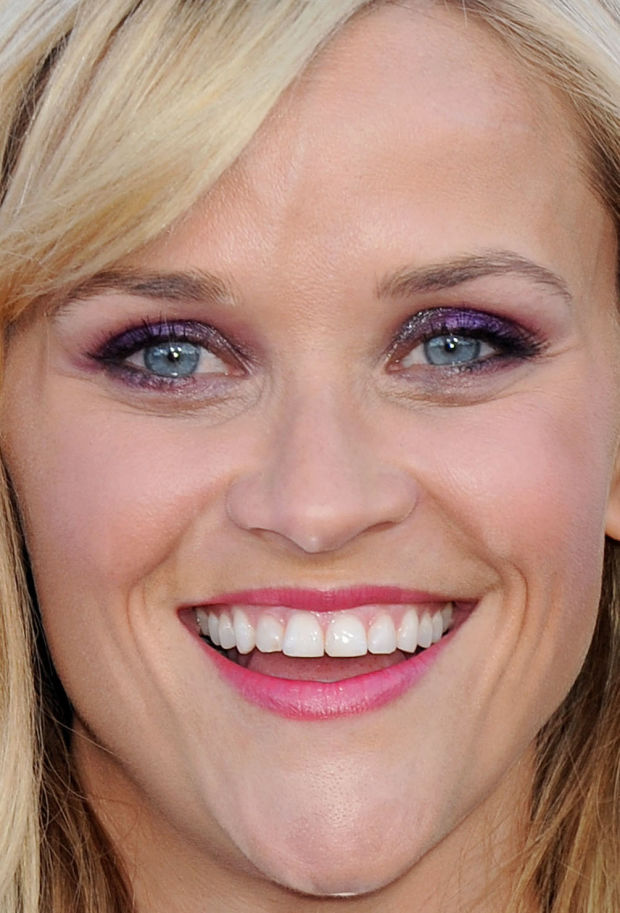 Close-up of Reese Witherspoon at the 2015 ACM Awards.