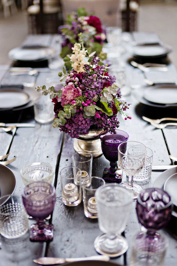 boho wedding tablescape - photo: Andie Freeman - http://ruffledblog.com/wanderlust-inspired-wedding-in-los-angeles