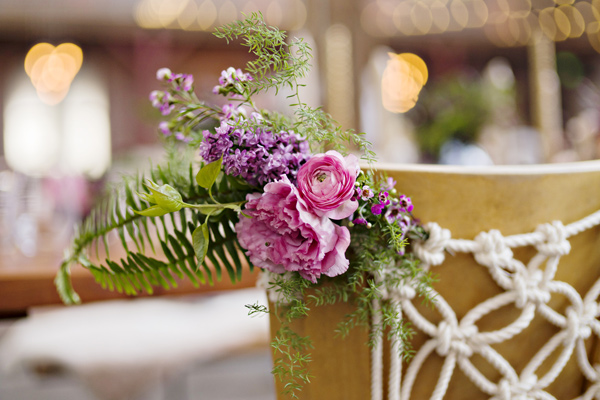 boho wedding ideas - photo: Andie Freeman - http://ruffledblog.com/wanderlust-inspired-wedding-in-los-angeles