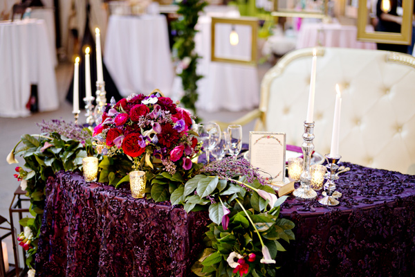 boho wedding tabletop ideas - photo: Andie Freeman - http://ruffledblog.com/wanderlust-inspired-wedding-in-los-angeles