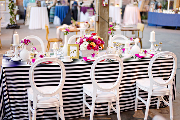 wanderlust wedding ideas - photo: Andie Freeman - http://ruffledblog.com/wanderlust-inspired-wedding-in-los-angeles