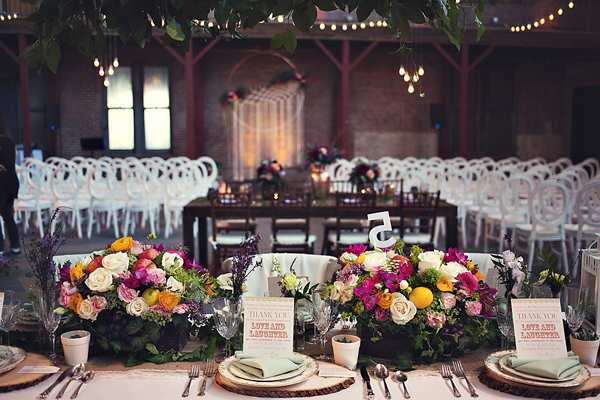 wanderlust wedding ideas - photo: You & Me Photography - http://ruffledblog.com/wanderlust-inspired-wedding-in-los-angeles