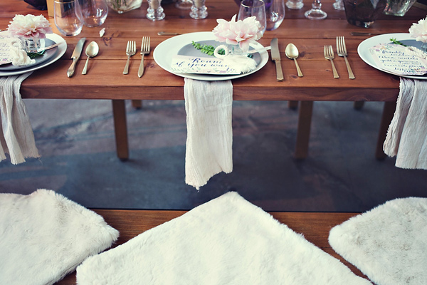 boho wedding table inspiration - photo: You & Me Photography - http://ruffledblog.com/wanderlust-inspired-wedding-in-los-angeles