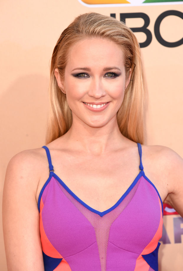 Anna Camp at the 2015 iHeartRadio Music Awards.