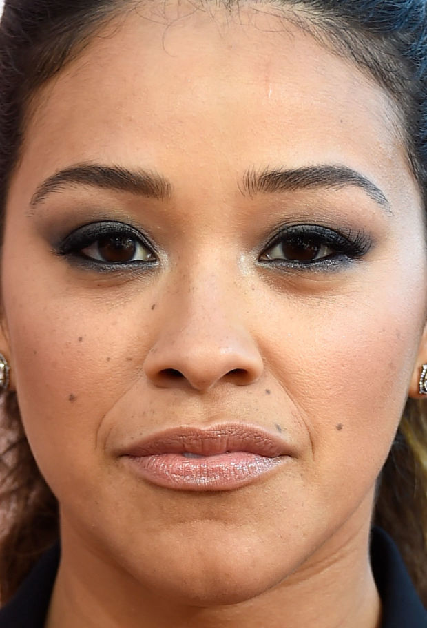Close-up of Gina Rodriguez at the 2015 iHeartRadio Music Awards.