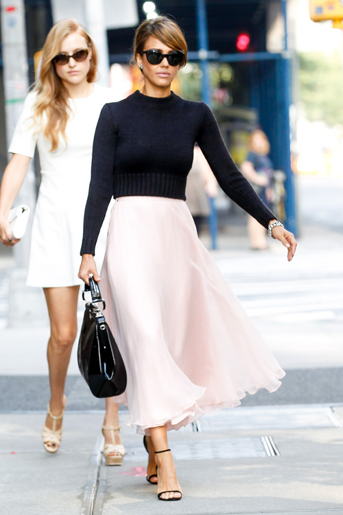 Jessica Alba Hits the streets of New York for a fashion show