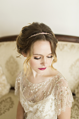 Delicate bridal headband | Courtney Bowlden Photography | see more on: http://burnettsboards.com/2015/04/burgundy-gold-wedding-ideas/