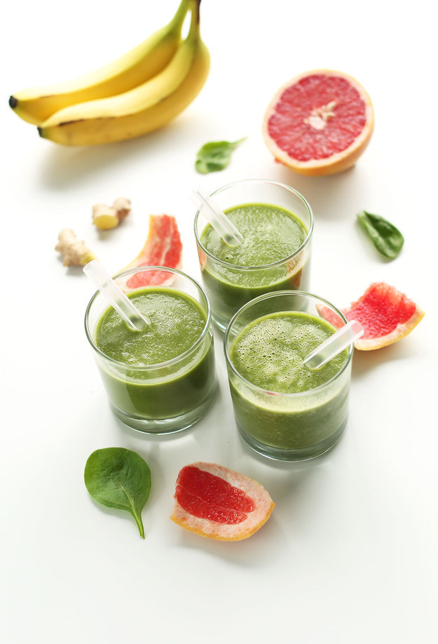 Grapefruit Green Smoothie