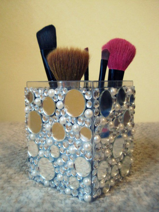 Brush Holder with Glitter