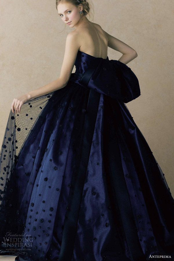 anteprima bridal straplesss ball gown wedding dress navy appliqued tulle netting ant0070