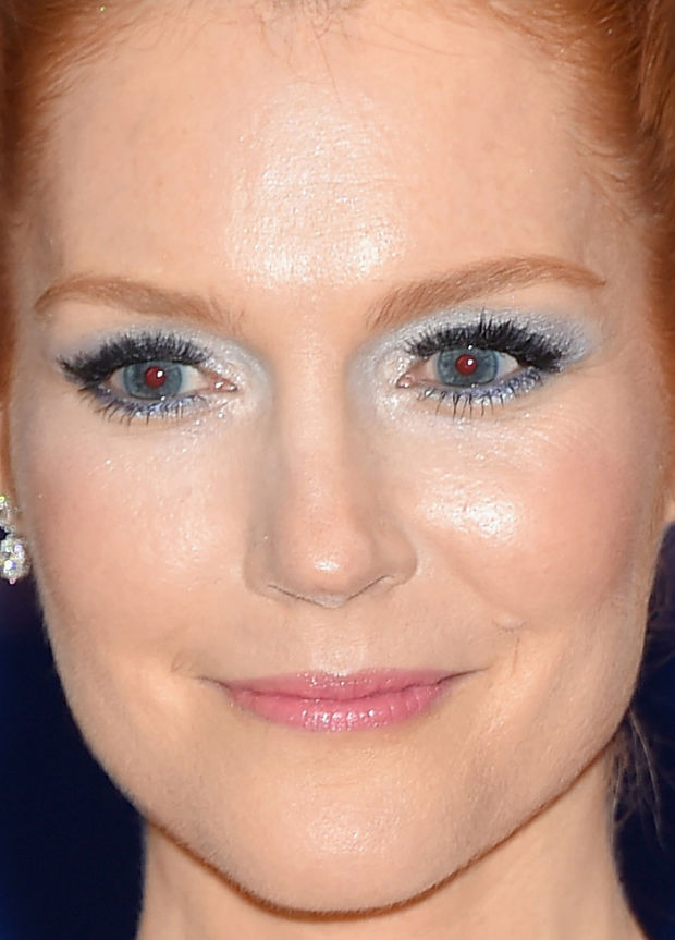 Close-up of Darby Stanchfield at the 2015 White House Correspondents' Dinner.