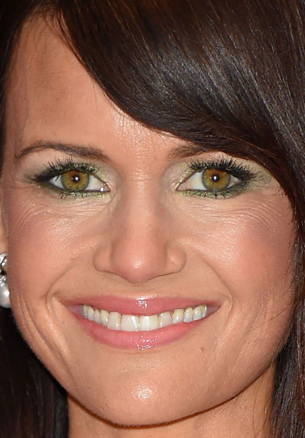 Close-up of Carla Gugino at the 2015 White House Correspondents' Dinner.