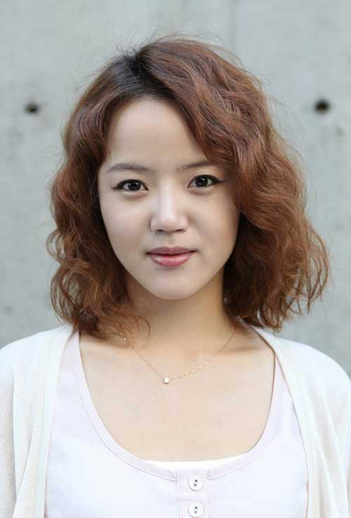Asian Cute and Curly Popular Hairstyle