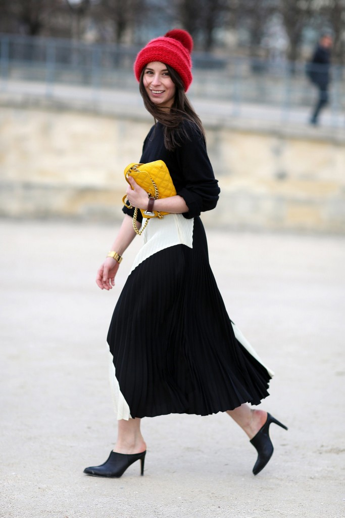 mules and flowy skirt