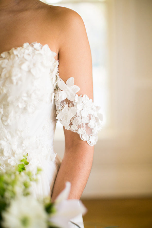 unique wedding dress detail - photo by Kelly Lemon Photography http://ruffledblog.com/monochrome-spring-wedding-editorial