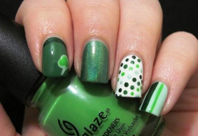 St.-Patrick-Day-Green-Nail-Designs