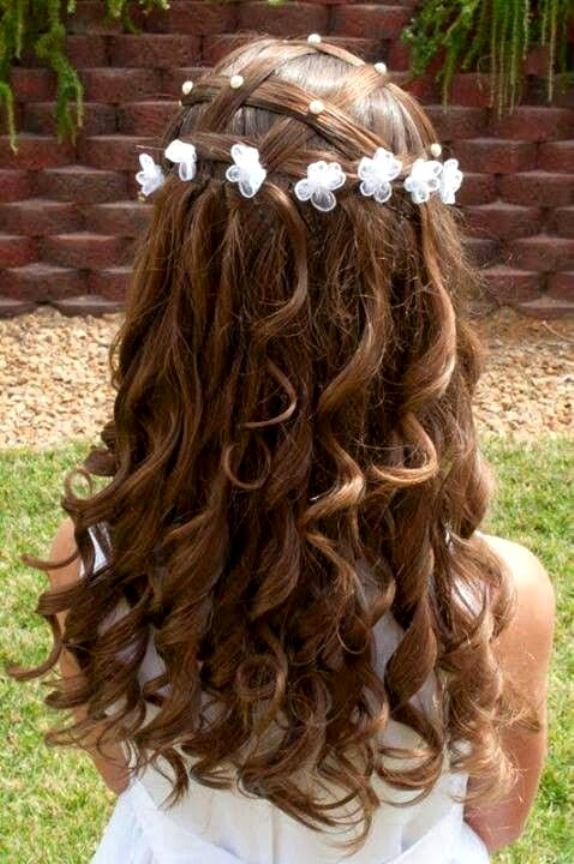 cute flower weaved hairstyle