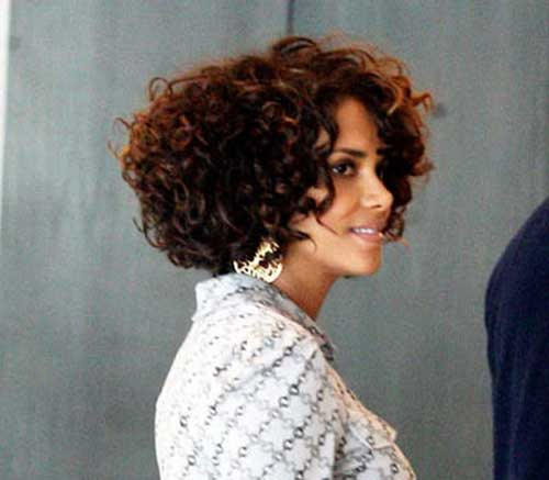 Halle Berry Bob Cuts for Curly Hair