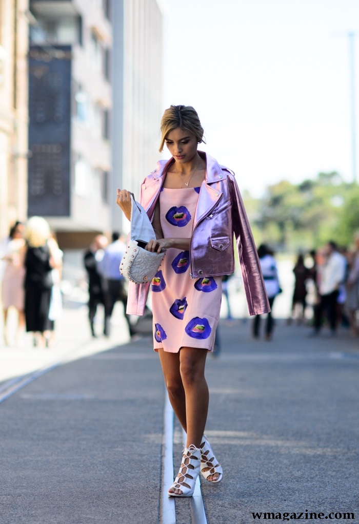 bold lip print pink dress