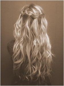 b5621  Waterfall Braid for Curly Hair Tumblr.jpg