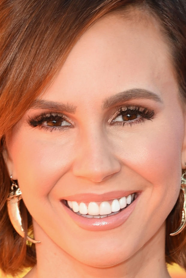 Close-up of Keltie Knight at the 2015 Kids' Choice Awards.