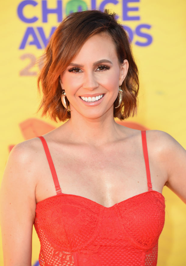 Keltie Knight at the 2015 Kids' Choice Awards.