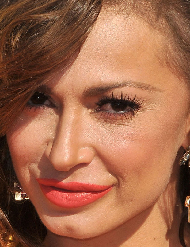 Close-up of Karina Smirnoff at the 2015 Kids' Choice Awards.
