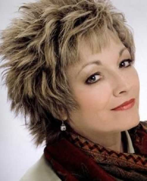 Best Shaggy Hairstyles for Women Over 50