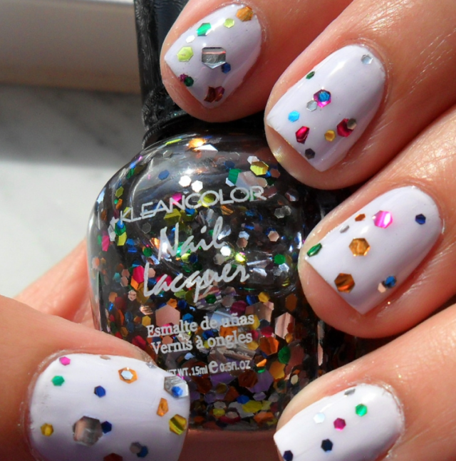 easter-egg-manicure-nails-640x647
