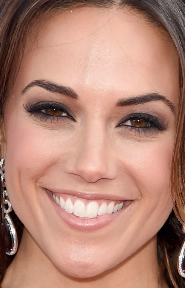 Close-up of Jana Kramer at the 2015 ACM Awards.