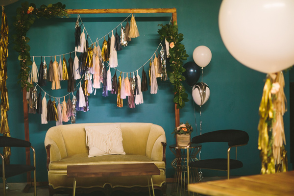 wanderlust wedding inspiration - Photo by Let's Frolic Together - http://ruffledblog.com/wanderlust-inspired-wedding-in-los-angeles