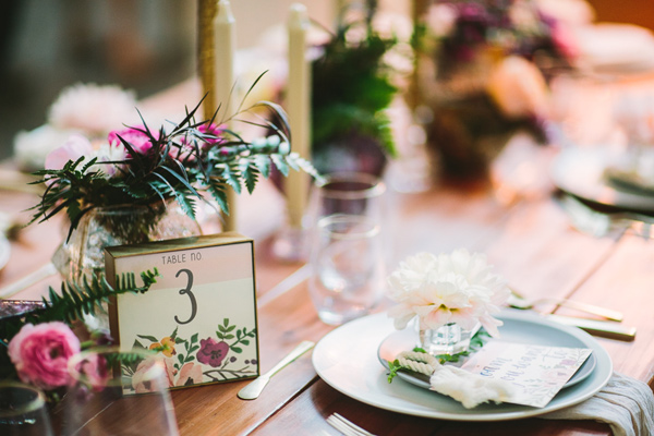 wanderlust wedding table inspiration - Photo by Let's Frolic Together - http://ruffledblog.com/wanderlust-inspired-wedding-in-los-angeles