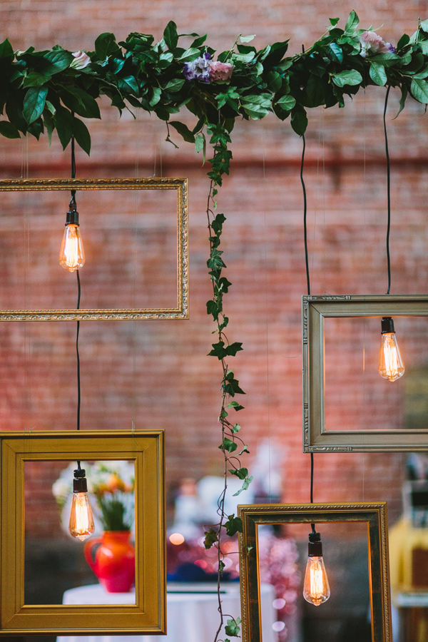 wanderlust wedding decor inspiration - Photo by Let's Frolic Together - http://ruffledblog.com/wanderlust-inspired-wedding-in-los-angeles