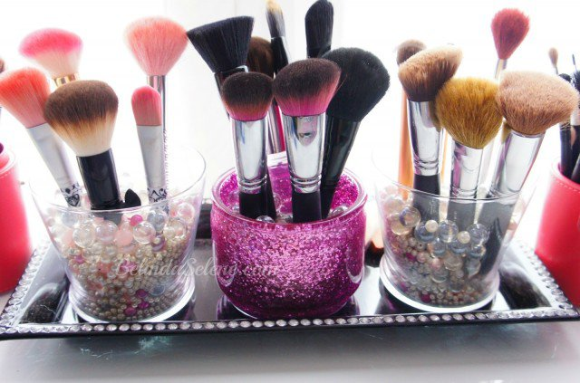 Stylish Brush Holder