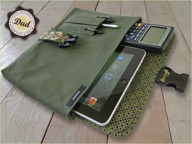 10-Diy-Gifts-You-Can-Make-In-Less-Than-An-Hour-Digital-Tablet-Device-Sleeve