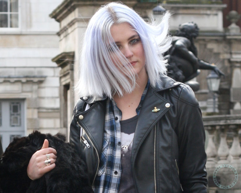 grey-hair-spring-hairstyle-trend-2015-18