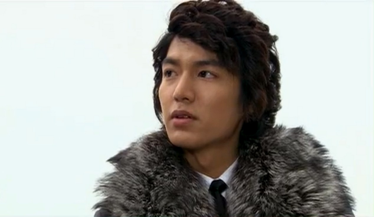 Lee Min Hoo Hairstyles 2015 Curly Hairstyles with Black Hair Color in Boys Before Flowers