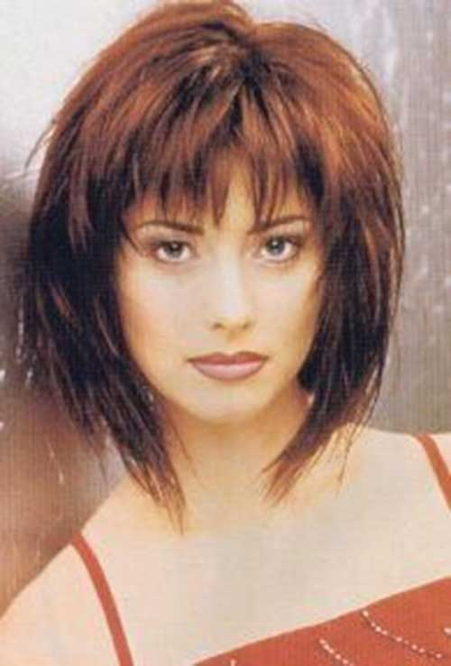 Shaggy Hairstyles with Blunt Bangs for Women