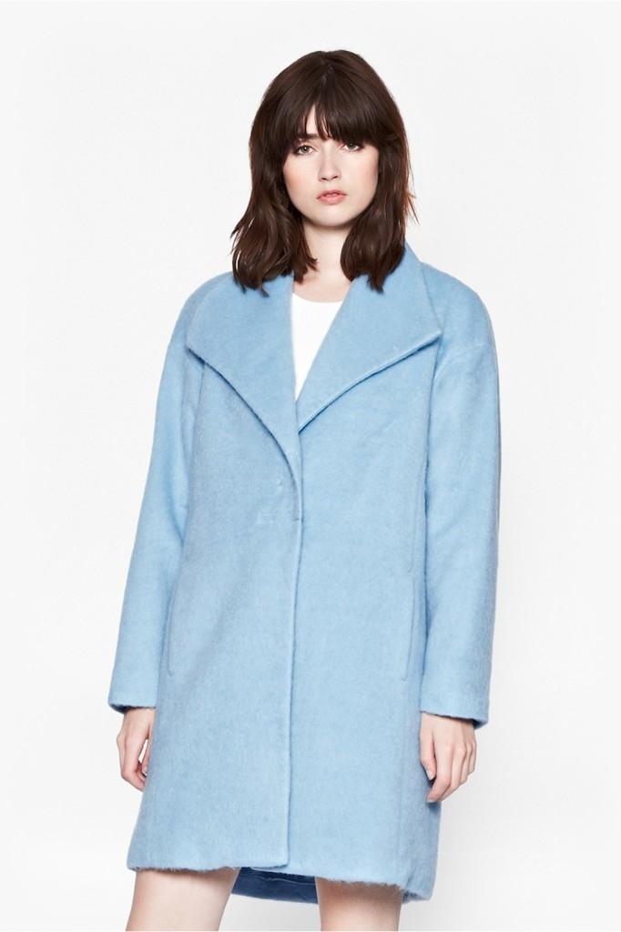 Collar pocket long woolen overcoat