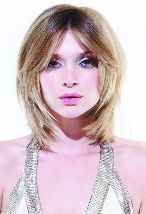 Short Bob Hairstyle for Round Chubby Face
