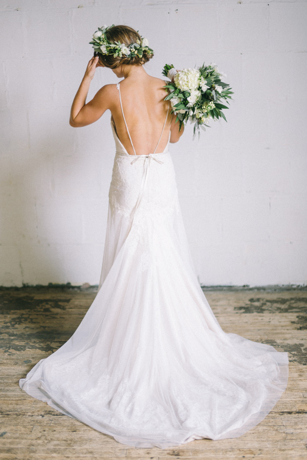 low back wedding dress - photo by Jaimee Morse http://ruffledblog.com/woodland-romance-wedding