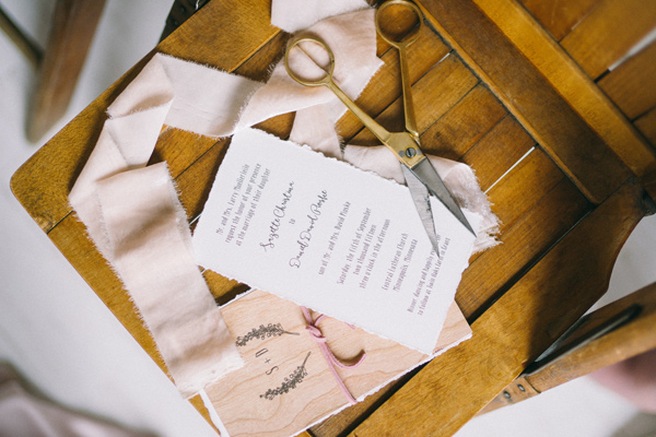 woodland romance wedding - photo by Jaimee Morse http://ruffledblog.com/woodland-romance-wedding