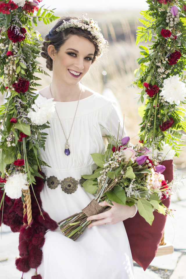 Medieval styled bride | Alisha Khan Photography | see more on: http://burnettsboards.com/2015/05/romance-chivalry-medieval-inspiration-shoot/