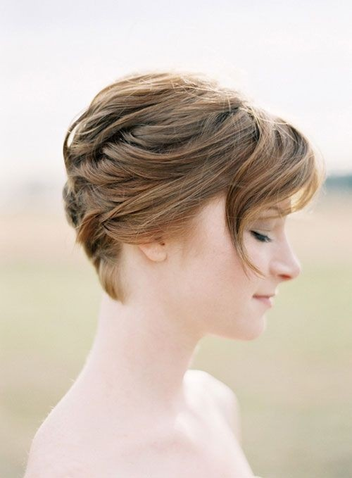 Bridesmaid Hairstyle for Very Short Hair