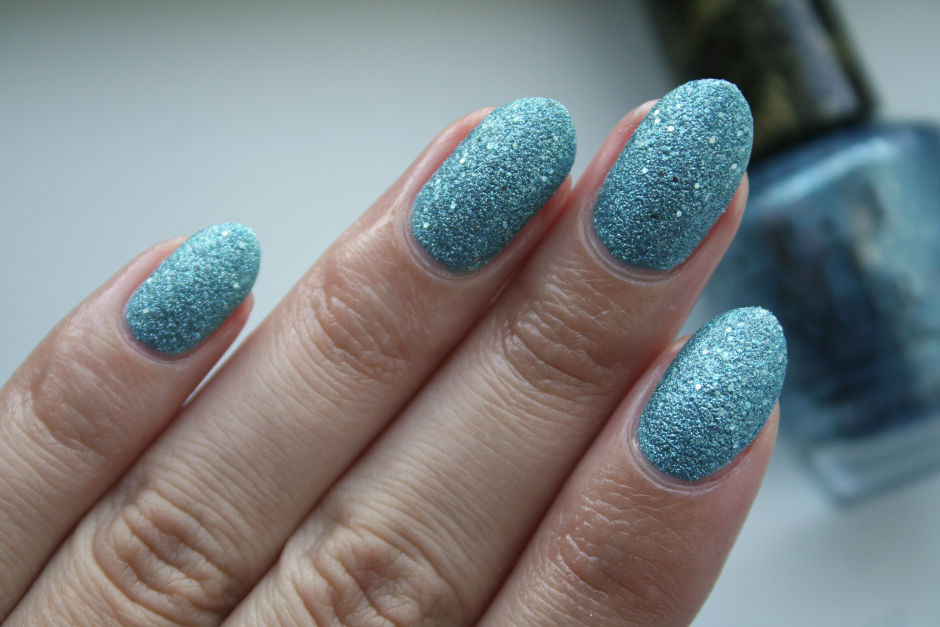 OPI Nail Lacquer in Tiffany Case.
