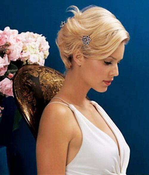 Chic Bridesmaid Hairstyle for Short Wavy Hair