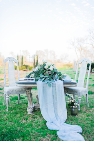 Romantic dusty blue wedding tablescape | Elisheva Golani Photography and Belle Soul Weddings | see more on: http://burnettsboards.com/2015/05/romantic-dusty-blue-wedding/